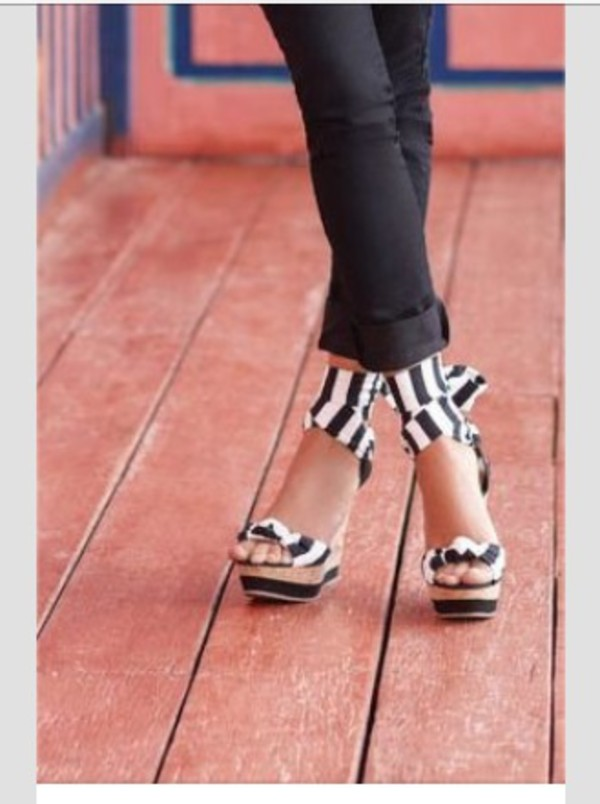 shoes black white stripes wedges