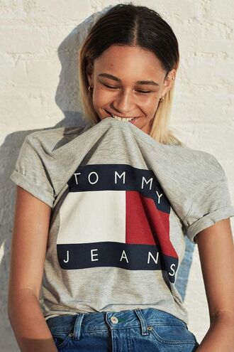 t-shirt grey grey t-shirt tommy hilfiger 90s style ombre hair