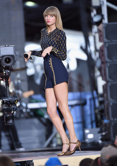 romper top shorts taylor swift shoes