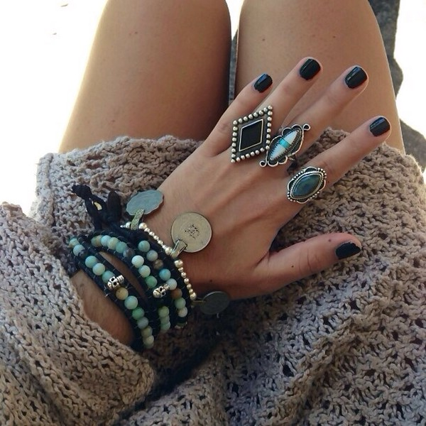 jewels ring big rings boho ring turquoise teal bracelets bracelets ring beaded dress statement ring vintage black black ring black bracelets light blue blue rings blue bracelet perles blue ring tumblr fashion sweater knit rings and tings boho accessories beeds indie gypsy boho bohemian grunge