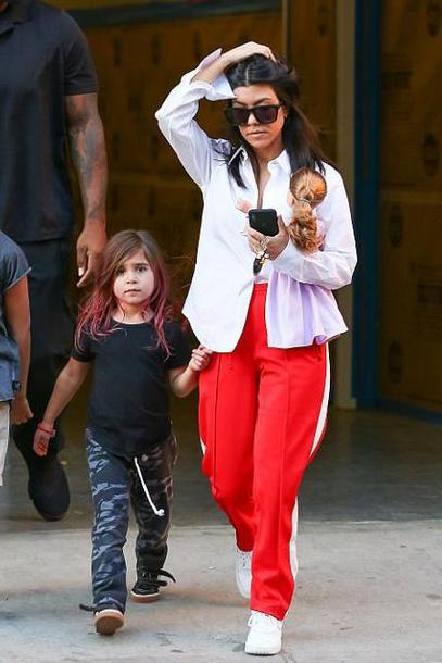 shirt sweatpants red sneakers kourtney kardashian kardashians streetstyle