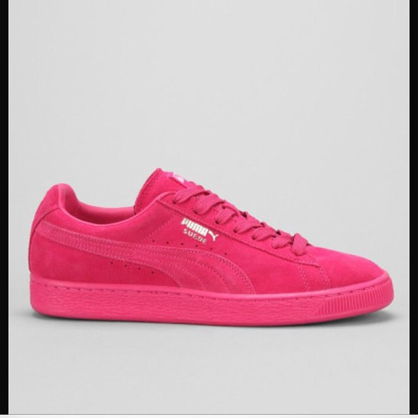 puma pink classic mono suede sneaker. Black Bedroom Furniture Sets. Home Design Ideas