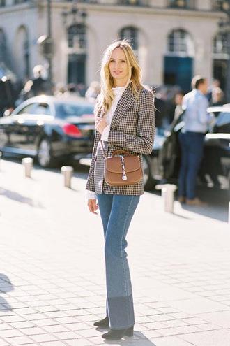 vanessa jackman blogger jacket blouse shirt jeans blazer crossbody bag flare jeans printed blazer