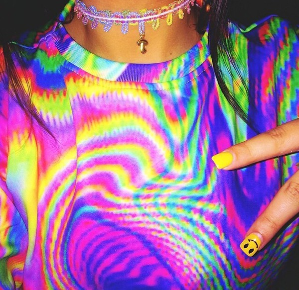 t-shirt shirt tie dye blue pink pattern choker necklace smiley jewels