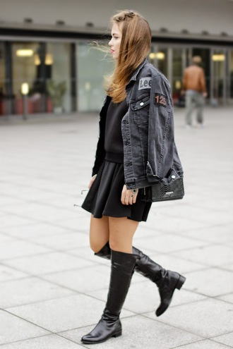 black jacket soft grunge jewels sunglasses bag blogger gold schnee mirrored sunglasses round sunglasses denim jacket knee high boots