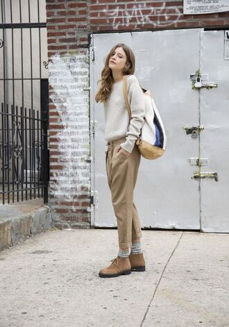 pants all beige everything beige pants sweater beige sweater bag backpack shoes beige shoes nude shoes flats fall outfits back to school french girl style boyish unisex college non-binary gender neutral equality