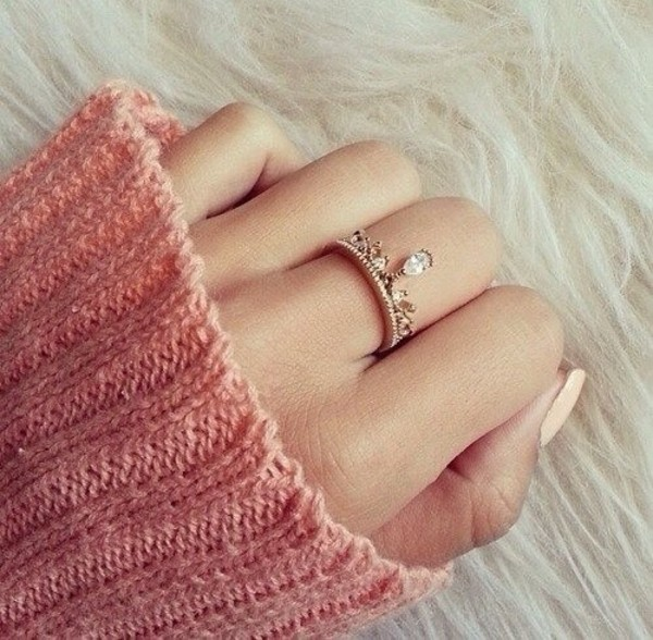 jewels sweater ring tumblr beautiful diamonds fashion princess crown dimonds dimond pretty pretty ring love ring rose gold ring crown ring