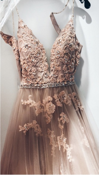 dress prom blush blush pink plunge neckline v neck tulle skirt floral embellished beaded evening outfits gown