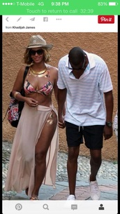 beyonce,bikini,hat,jewels,swimwear,skirt,beyonce fashion,beyonce and jay z,celebrity style,celebrity,celebstyle for less,jewelry,gold,gold tattoos,metallic tattoo,temporary tattoo