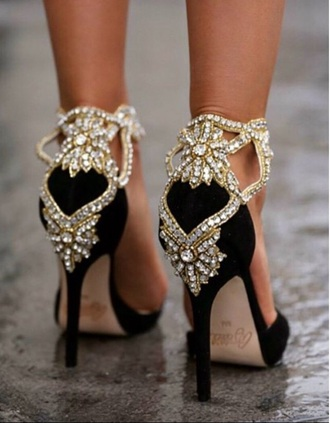 shoes heels prom shoes pumps black heels gold sequins embellished classy blogger sparkle high heels standout jewels heels black jewls black silver prom formal gold fancy heels formal heels heels bling black style fashion formak black and gold black/white heels gold heels gold chain