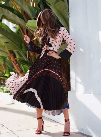 skirt blouse top midi skirt pleated rocky barnes sandals shirt instagram two-piece blogger spring outfits spring dress spring lip print dress