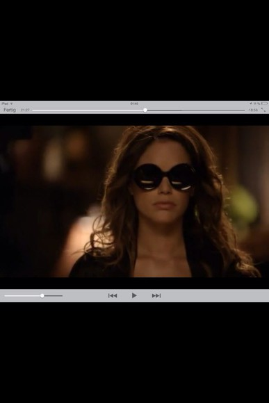 rachel bilson hart of dixie black sunglasses oversized big sunglasses dramatic