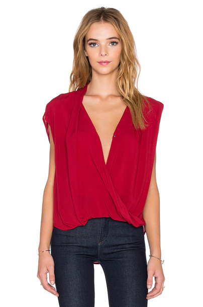 VELVET BY GRAHAM & SPENCER top red