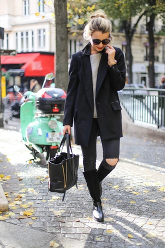 caroline louis pardonmyobsession blogger coat jeans shoes bag sweater fall outfits black coat handbag black bag knee high boots black jeans