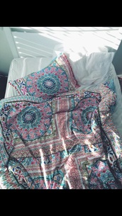 home accessory,boho chic,bedding,pillow,hipster,colorful,home decor,mandala,beach house,blanket,boho,patterned blanket,bedroom,paisley,top,bohemian,comforter covers,colorful comforter,boho comforter,bohemian bedding,bohemian comforter