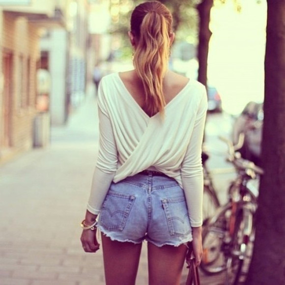 white blouse chic elegant beautiful shirt shorts back cross cross bag summer cross back open back