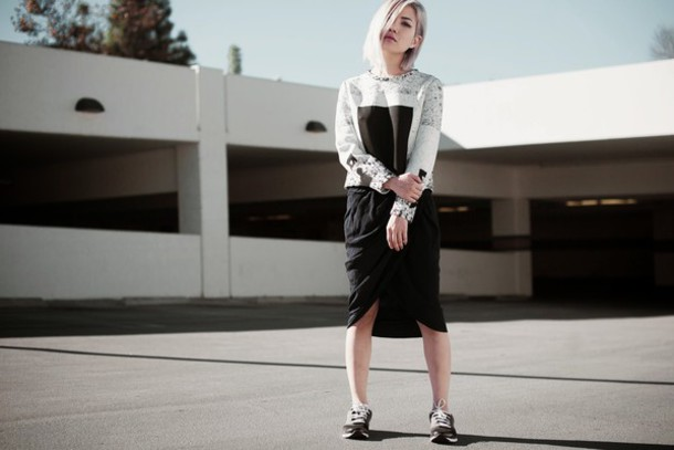 feral creature blogger top skirt shoes