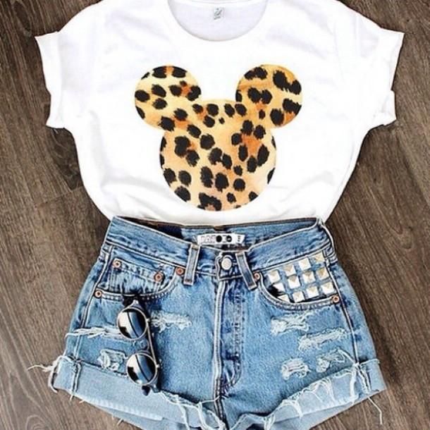 e8024c82ec41e9 shirt t-shirt denim shorts studded shorts highwastedshorts leopard print  crop tops shorts distressed shorts
