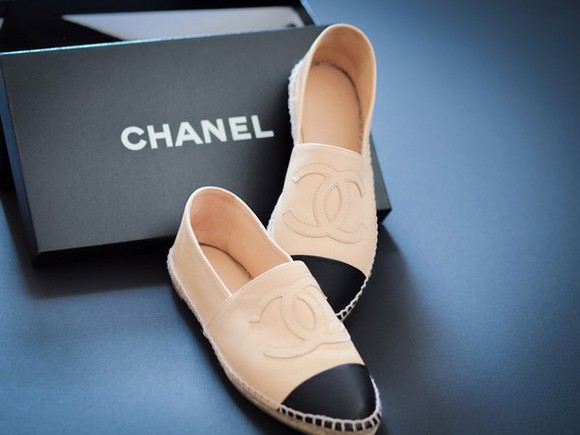 leather shoes chanel espadrilles