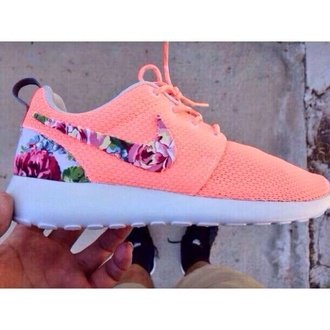 shoes peach nike roshe run rosheruns pink with floral pattern nike running shoe nike running shoes in love nike peach floral roshe run nike coral coral floral roshes swoosh series floral flowers spring beautiful fancy nice summer cool nike roshes floral orange nike roshe run floral roshes rose coral nike flower neon pink shoes