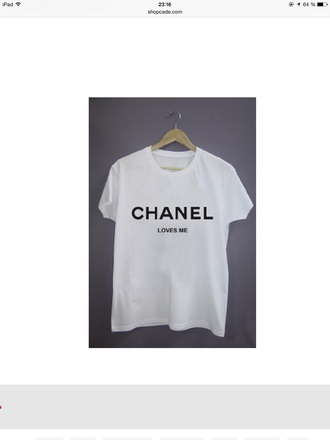 t-shirt chanel loves me quote on it print chanel loves me white t-shirt black t-shirt chanel t-shirt quote on it t-shirt texture text on shirt