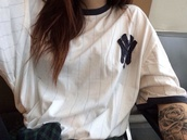 top,acacia brinley,t-shirt,shirt,tomboy shirt,blouse,white,blue shirt,white shirt,vintage,rock,girly,adorable.,grunge,new york city,yankees,baseball tee