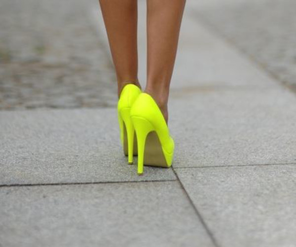 neon yellow shoes shoes high heels neon neon yellow heels yellow platform high heels