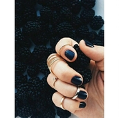 jewels,ring,knuckle ring,grunge,on point clothing,gold rigs,ring set,gold midi rings