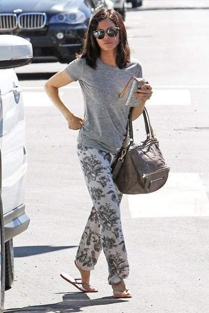 jenna dewan sweatpants grey t-shirt printed pants