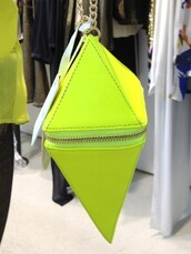 bag,neon,neon yellow,gold,chain,zip,triangle,pyramid,purse,crossbody bag,small,lime,tumblr,fashion