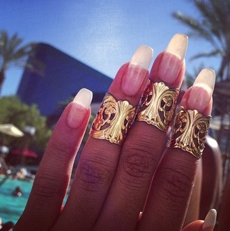 jewels ring gold nails