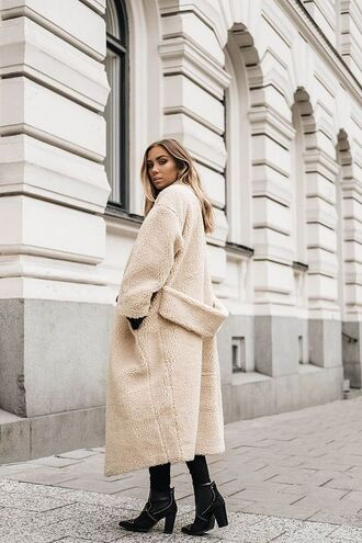 coat tumblr nude coat beige coat long coat winter coat winter outfits winter look boots black boots high heels boots ankle boots fuzzy coat shearling kenza blogger beige fluffy coat