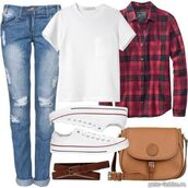 bag,jeans,casual,tomboy,tomboy shirt,boyfriend jeans,ripped jeans,converse,plaid,plaid shirt,everyday wear,everyday look,t-shirt,tank top,red color