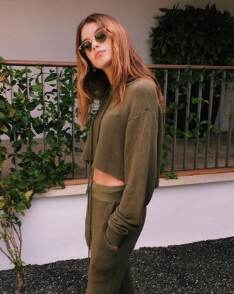 sweater cropped sweater kaia gerber model off-duty instagram sweatpants sweatshirt olive green khaki