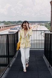 bag,clutch,yellow bag,yellow clutch,pants,white pants,blazer,yellow white blazer,shoes