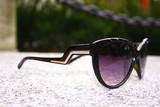 Cat eye zig zag sunglasses