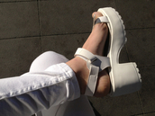 shoes,white,platform shoes,flatforms,sandals