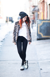 le happy,blogger,t-shirt,white t-shirt,fluffy,creepers,faux fur jacket,jeans,coat,hat,printed fur jacket