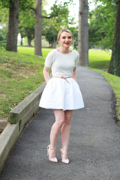 poor little it girl blogger skirt shoes jewels