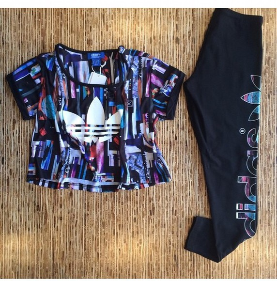 tights black adidas crop tee leggings blue shirt