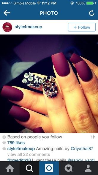 nail polish purple dark purple
