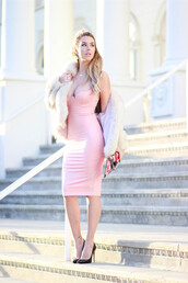 fashion addict,blogger,dress,bag,shoes,jewels,coat,white fur coat,fur coat,white coat,pink dress,midi dress,sexy dress,bodycon dress,necklace,party dress,party outfits,printed clutch,high heel pumps,pumps,pointed toe pumps,black pumps,pink,faux leather,faux leather dress,leather dress,bodycon,midi,sexy party dresses,sexy,summer dress,summer outfits,classy dress,elegant dress,cocktail dress,cute,cute dress,girly,girly dress,date outfit,birthday dress,summer holidays,winter dress,winter outfits,fall dress,fall outfits,clubwear,club dress,wedding clothes,wedding guest,celebrity style,celebstyle for less,dope,fuzzy coat,bachelorette party outfits,white fur jacket