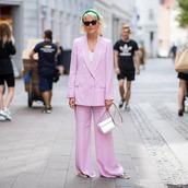 pink blazer,wide-leg pants,oversized,slide shoes,mini bag,cat eye,white top