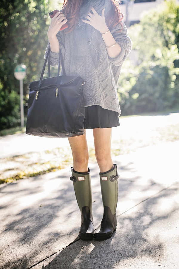 shoes sweater skirt scarf bag