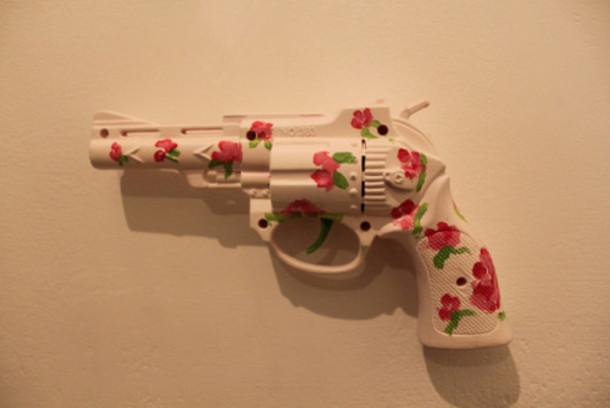 jewels gun roses white