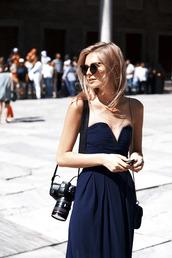 dress,navy,ball gown dress,prom dress,tuula,sweetheart dress,long dress,black dress,black,style,blue dress,sweetheart plungee dress,sweetheart plungee,empire dress,corset dress