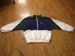 b80e083ee7 Vintage 90s Nike Windbreaker Size Large