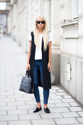 victoria tornegren blogger jeans loafers vest handbag black leather bag white t-shirt smoking slippers french girl style black loafers
