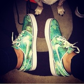 shoes,galaxy print,green,trainers