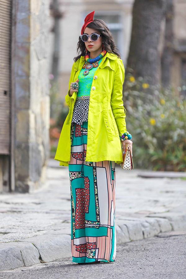 macademian girl coat t-shirt pants bag belt sunglasses jewels